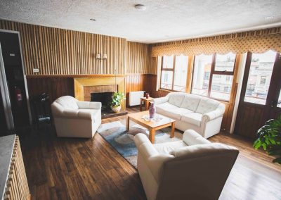 hostal patagonia-hall-3p